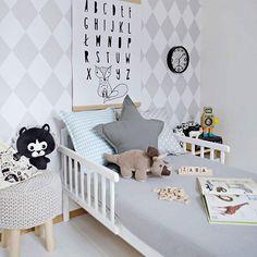 #kidsdecor #grey Kids Decor, Home Decor, Little Girl Rooms, Baby Room Decor, Kid Spaces, Boy Room, Kids Bedroom, Playroom, Baby Kids