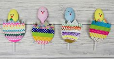 ThesePop-up Spoon Chicks are a super fun Spring and Easter crafts for kids. They are perfect for recycling plastic spoons