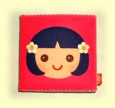 布絵本のふかふか絵本~女の子のフェルト製布絵本「おんなのこ絵本」