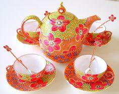 Tea set by Nini Violette www.flickr.com/photos/niniviolette
