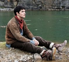 colinmorganismagical:  New stills of Colin Morgan on the set of Merlin Series 5 *
