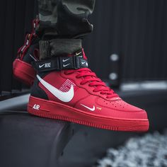 Nike Air Force 1 Mid 07 LV8 Red / Black Nike Air Force, Air Force Sneakers, Sneakers Nike, Sneakers Fashion, Nike Tennis, Nike Basketball Shoes