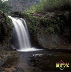 Conozca la Cascada rio Elvira  ubicado en el Parque Nacional Amboro para saber mas haga click en la imagen Bolivia, Waterfall, Outdoor, Santa Cruz, National Parks, Waterfalls, Outdoors, Outdoor Games, Rain
