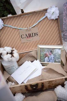 Très original pour un mariage Vintage pour y déposer enveloppes et cartes de voeux