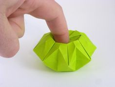 Origami Finger-eating pot by Toshikazu Kawasaki folded by Gilad Aharoni