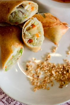 Crispy Thai Spring Rolls - No more take-away, these EASY prep spring rolls are perfect for clearing out the fridge. Ready to crunch? Vegetarian.   wandercooks.com