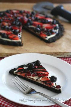 Low Carb Gluten-Free Fruit Pizza