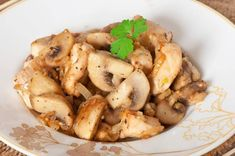 Teriyaki Mushrooms recipe: These teriyaki mushrooms are a delicious, simple side-dish to serve with teriyaki chicken (Recipe ID Serving suggestion: pair with steamed snow peas or broccoli and rice for a complete meal. Make Teriyaki Sauce, Chicken Teriyaki Recipe, Marinated Chicken, Chicken Recipes, How To Cook Mushrooms, Sauteed Mushrooms, Chicken Mushroom Stir Fry, Chicken Mushrooms, Nutrition