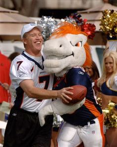 Google Image Result for http://www.11points.com/images/nfl/2011-wk9-mascots.jpg