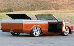 0812tr_06_z+1971_chevy_blazer_custom+right_rear_angle.jpg (799×499)