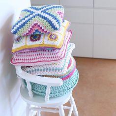 crochet cushion stack