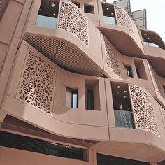 Individual Design of Concrete Surfaces and Façades