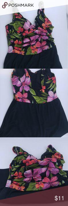 17a9d94020a White Stag women s black floral swim dress Size La White Stag women s  black floral