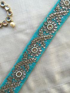 Pattu Saree Blouse Designs, Bridal Blouse Designs, Sari Blouse, Neckline Designs, Blouse Neck Designs, Blouse Patterns, Border Embroidery Designs, Kurti Embroidery Design, Embroidery On Kurtis