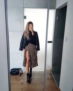 Summer Fashion Tips .Summer Fashion Tips Fashion Mode, Look Fashion, Fashion Clothes, Fashion Outfits, Womens Fashion, Korean Fashion, Classy Fashion, Petite Fashion, French Fashion