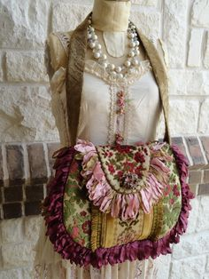 very pretty handbag
