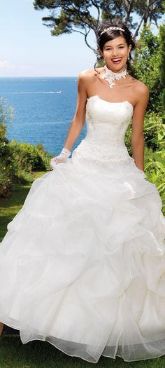 d9e9186f9a9 18 meilleures images du tableau robes