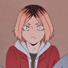 Kenma Kozume, Kuroken, Haikyuu Volleyball, Manga Artist, Anime People, Karasuno, Haikyuu Anime, Animes Wallpapers, Cute Stickers