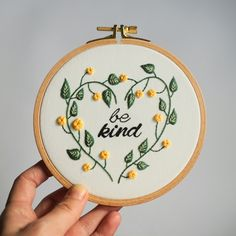 Custom Gift for Mom, Flower Embroidery Wall Art, Personalized Embroidery Quote Hand Embroidery Flowers, Simple Embroidery, Hand Embroidery Stitches, Embroidery Hoop Art, Hand Embroidery Designs, Floral Embroidery, Cross Stitch Embroidery, Embroidery Ideas, Hand Stitching