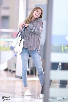 Korean Airport Fashion, Korean Fashion Kpop, Korean Fashion Summer, Korean Fashion Trends, Korea Fashion, Fashion 2017, Asian Fashion, Girl Fashion, Nayeon