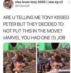 Marvel you had disappointed an entire fandom Funny Marvel Memes, Marvel Jokes, Dc Memes, Avengers Memes, Marvel Avengers, Marvel Dc Comics, Marvel Heroes, Iron Man, Film Serie