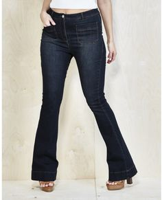 Plus Size Flared Jeans