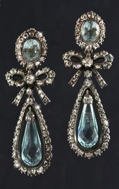 A superb and rare pair of gold, silver, aquamarine and rose-cut diamond earrings, late 18th to early 19th century. Length 6.2cm. #antique #earrings