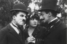 """Charlie Chaplin, Edna Purviance & Leo White in Essanay film, """"A Jitney Elopement"""" from Charlie Chaplin, Vevey, Edna Purviance, Chaplin Film, Charles Spencer Chaplin, Les Sentiments, Comedy Films, Art Graphique, British Actors"""