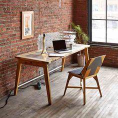 40 Creative Ways To Repurposed An Old Door – Furniture Inspiration Old Door Desk, Diy Furniture, Furniture Design, Antique Furniture, Repurposed Desk, Wooden Screen Door, Door Table, Idee Diy, Diy Desk