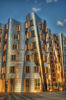 photo+Frank+Gehry+-+Building+-+Dusseldorf,+Germany+wallpaper