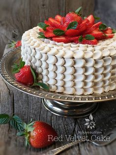 This is a wonderful cake that is made with healthy ingredients that doesn't require baking or dehydating.