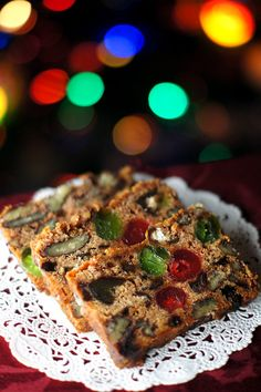 12 Days of Christmas Cookies: Apple Fruit Cake #traditional #gifts #fruitcake Fruit cake even a fruitcake hater can love!