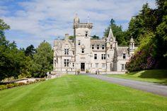 Kinnettles Castle wedding venue in Forfar, Angus