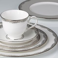 Bloomfield 5-piece Dinnerware Place Setting by Lenox