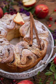 österreischische süßspeisen, österreichische rezepte, österreichische rezepte süß, österreichische spezialitäten, österreichische küche, austrian recipes, austrian recipes sweet, austrian food, austrian dessert, nachspeisen rezepte, rezepte mit apfel süß, rezepte mit apfel schnell, apple recipes, apple recipes easy, apple recipes austria, germteig rezepte, germteig rezepte süß, germteig schnecken, zimtschnecken rezept, zimtschnecken rezept hefeteig, cinnamon roll recipes, cinnamon roll… Snacks, Cookies, Desserts, Food, Easy, Seafood Restaurant, Dessert Ideas, Food Food, Crack Crackers