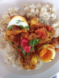 Do you know any meal from Bangladesh?! If no, this curry would be your first try! Miles says it's so worth cooking! Maybe for Sunday dinner?
