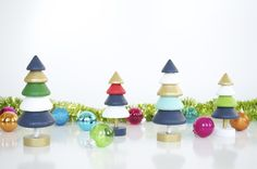 "DIY Christmas ornaments for every style. From minimal to modern, here are our favorite tree ornament tutorials to get you inspired. #[""paint"", ""paper"", ""plastic"", ""recycled"", ""wood"", ""yarn & string"", ""fabric"", ""colorful"", ""Roundup"", ""Christmas"", ""mid-century modern"", ""minimalist"", ""rustic"", ""scandinavian"", ""traditional"", ""vintage"", ""Creative Reuse"", ""Painting"", ""Papercrafting"", ""Recycling & Upcycling"", ""Sewing & Upholstery"", ""crafting"", ""ornaments"", ""christmas tree"", ""Himmeli"", ""nordic"", ""pa Paper Christmas Ornaments, Christmas Tree Crafts, Handmade Christmas, Christmas Decorations, Tree Decorations, Christmas Ideas, Ornament Tutorial, Paper Tree, Crafts To Do"