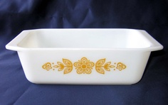Vtg Butterfly Gold Pyrex Loaf Dish Gold on White by charmings, $18.00