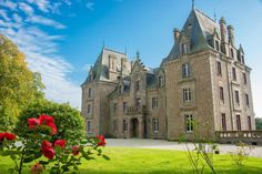 France - For sale castle LAVAL - 89vm