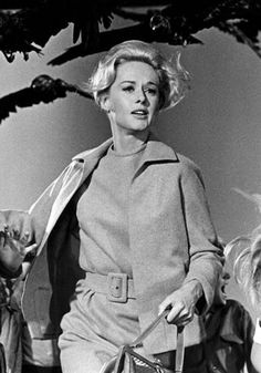 Tippi Hedren (The Birds) - the vintage suit is cost prohibitive, have always loved the idea though, might just chuck a crow on my spooky as yet undecided costume in homage. Scary Movies, Old Movies, Great Movies, Tippi Hedren, Alfred Hitchcock, The Birds Hitchcock, The Birds Movie, Movie Stars, Movie Tv