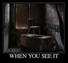 There is something here can you see it?  Click for more Funny Pictures --> http://www.funnypicshub.com