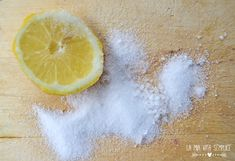 Come pulire e igienizzare i taglieri di legno in modo naturale