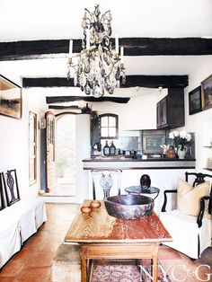5 Beautiful Kitchens With Rustic Charm French Interior, Rustic Charm, Beautiful Space, Beautiful Kitchens, Interior Design Inspiration, White Walls, My Dream Home, Decoration, Interior And Exterior