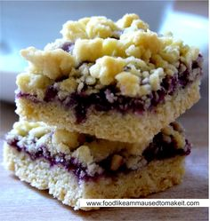 Hungarian tart is a South African treat made from tart pastry,filled with jam and topped with crumbs Shortbread Recipes, Tart Recipes, Yummy Recipes, Yummy Food, Hungarian Cuisine, Hungarian Recipes, Fruit Cobbler, Fruit Jam