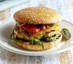 Chicken burger with lemon Salmon Burgers, Hamburger, Meals, Fresh, Chicken, Ethnic Recipes, Food, Mini, Lemon