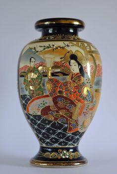Satsuma Vase Porzellan Japan handbemalt 25cm signiert