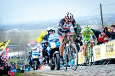 Gallery 2013: Through the lens of Sonoko Tanaka - Fabian Cancellara (RadioShack-Leopard) drops Peter Sagan in Flanders
