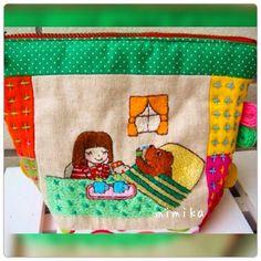 くまの子 風邪をひきました。 おかっぱちゃんがお見舞いに お気に入りの刺繍です。 主人の実家は、近所です。 一昨日は、義妹。 昨日は、義母がインフルエンザを発症して連日病院へ 嫁の私 珍しく活躍してます。🤗 皆さんも 気をつけてくださいね。 #刺繍 #手作り #ステッチ #オリジナル #ハンドメイド #handmade #図案 #embroidey
