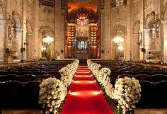 Amanda e Guilherme levaram um pouquinho de vários lugaresdo Brasil para o seu casamento, que aconteceu em Salvador, cidade do noivo. Durante um ano e meio