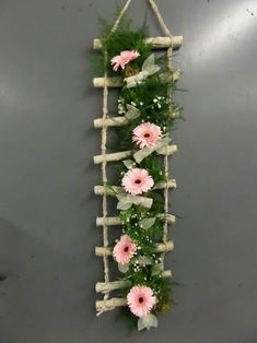 Fantastic diy flowers info are offered on our web pages. Read more and you wont be sorry you did. Flower Crafts, Diy Flowers, Flower Decorations, Paper Flowers, Flower Diy, Diy Home Crafts, Craft Stick Crafts, Diy Home Decor, Paper Crafts
